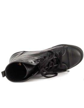 shellys-london-gargeolais-97-blk-leather-zsol022_3